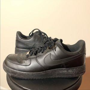 Nike Air Force 1 82 low black sneakers